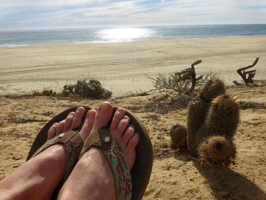 on the horizon line travel and sailling blog - gringo in baja california - feet